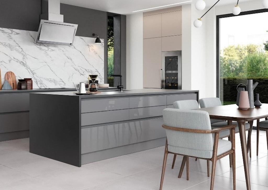 Handleless Modern Kitchen With Islands
